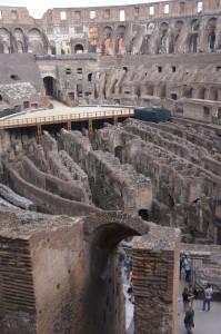 Катакомбы, где содержались гладиаторы и животные