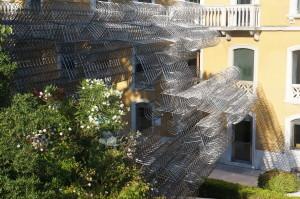 Велоскульптура во дворе музея современного искусства в Венеции